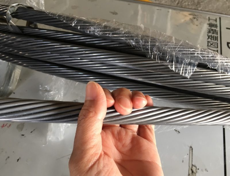 送電線 電力の安定供給 保守 電線 素線