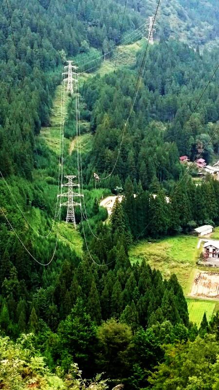 ラインマン 架線電工 鉄塔 送電線工事