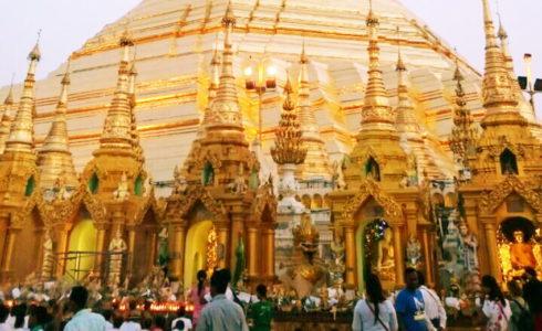 私の目標となる人、兄貴に会うためミャンマーへ