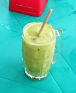 ミャンマー アボカドジュース