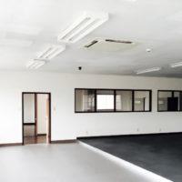 シャワールーム完備 新社屋 内装工事 中部電気工業株式会社