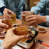 会社 懇親会 意見交換会 ビール 飲み会 建設業