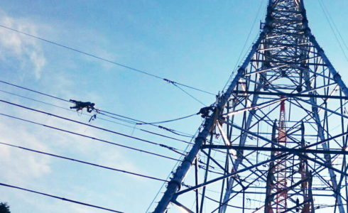 送電線の移線工事