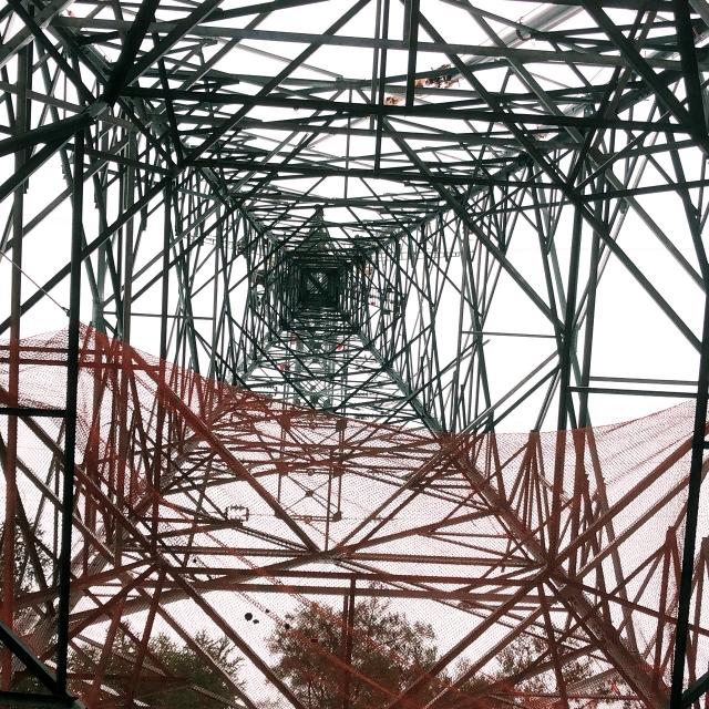 鉄塔の結界