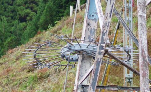 鉄塔の老朽化
